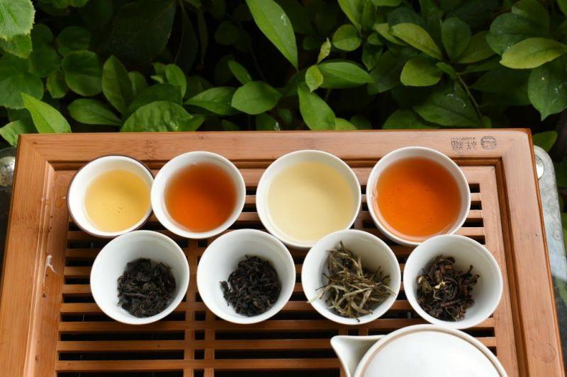 4種類の茶葉と水色